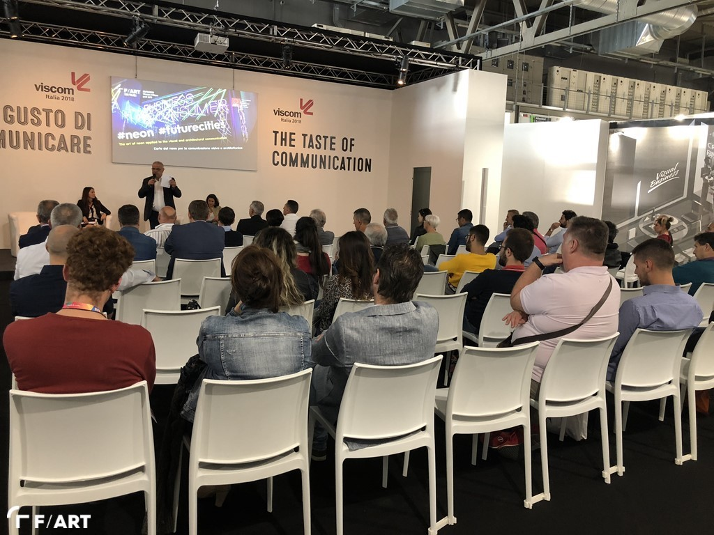 Image of  Reportage: Neon conference at Viscom 2018
