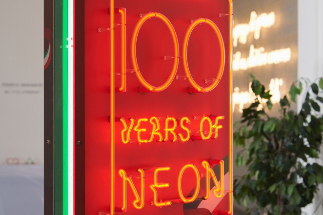 Image of  History of Neon
