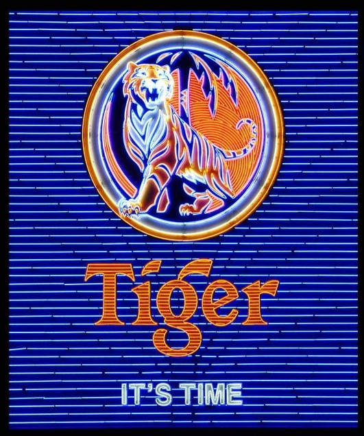 Immagine di  Tiger Beer Sign, Singapore 2